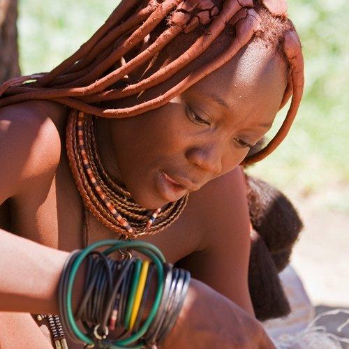 NRV: Ontdek 't Land van de Himba's