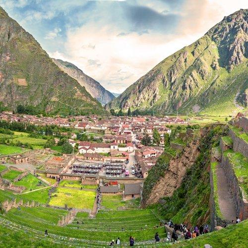 pe_al_ollantaytambo, sacred valley.jpg