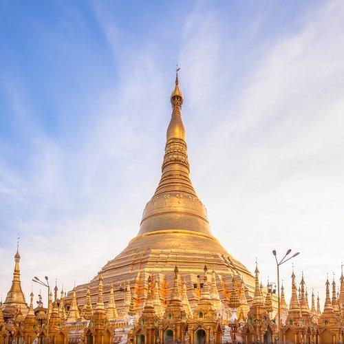 mm_al_shwedagon pagoda.jpg