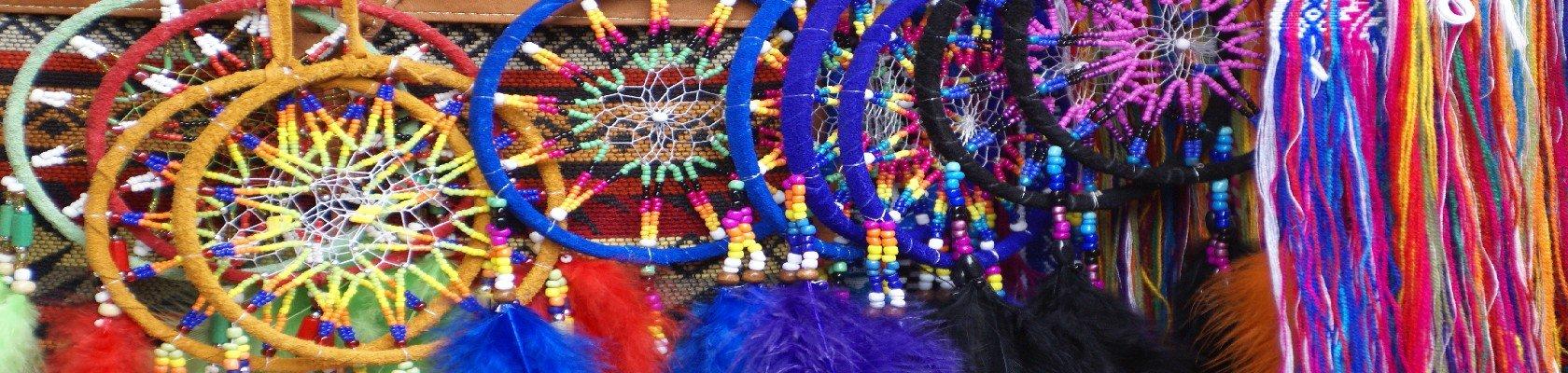 Lokale indianenmarkt van Otavalo