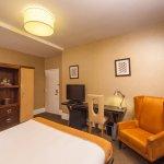us_amsterdamcourt_room2.jpg