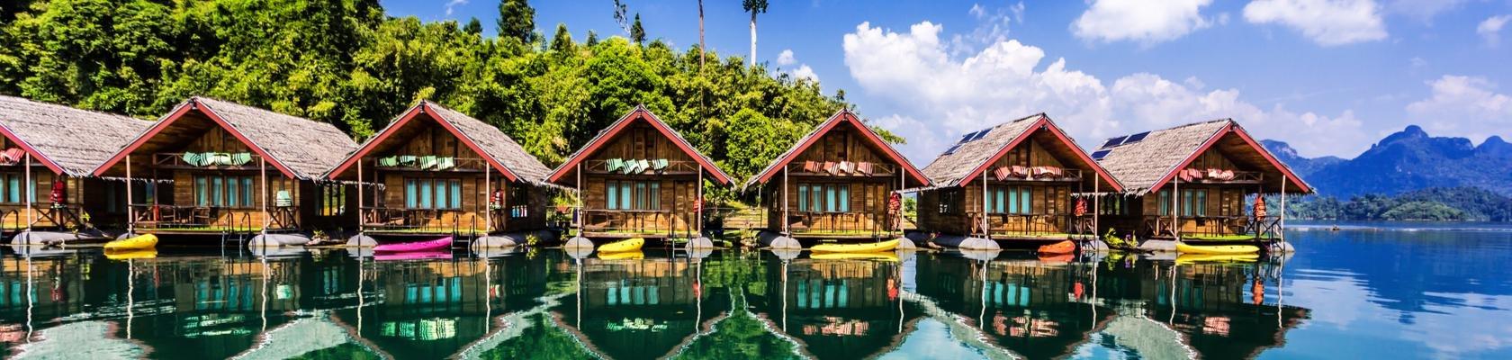 Drijvende huisjes bij Khao Sok Nationaal Park