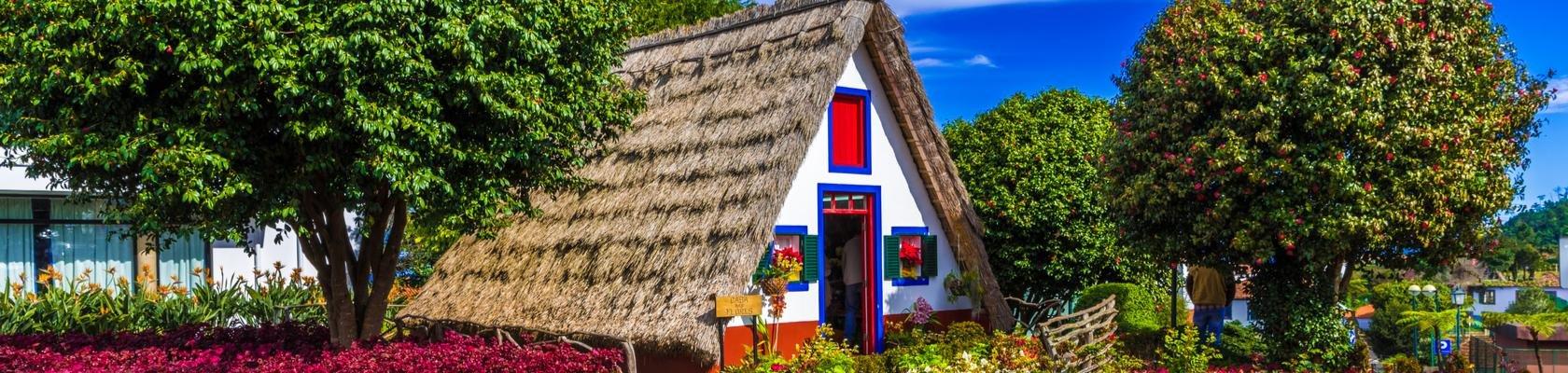 Traditionele huisjes in Santana