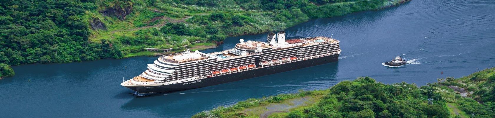 Cruiseschip op Panamakanaal