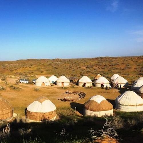 Kyzylkum woestijn, yurt