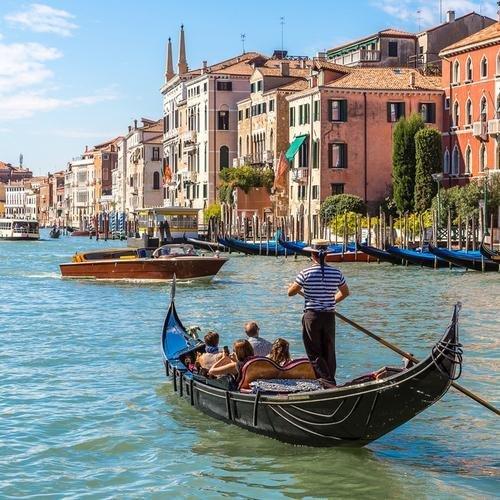 IT_AL_Gondel op Canal Grande Venetië