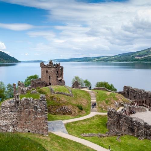 Schotland Loch Ness Urquahrt Castle