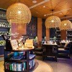 Amari Hua Hin, Wine Lounge